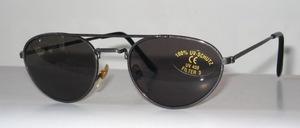 Jugendliche graue Metall Sonnenbrille mit grauen Scheiben nach CE - Norm / Stufe 3 / 100 % UV - Schutz