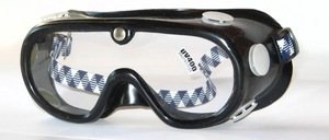 Very good safety glasses made of soft, elastic material with 6 ventilation valves