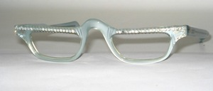 From the 60s: Beautiful strappy Acetate Half-Frame with Straight Temples, Made in France for SELECTA USA