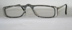 An attractive high-quality men acetate acetate half-frame from Italy