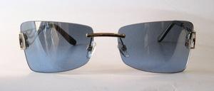 Eine sehr elegante randlose Metall Sonnenbrille von GALA mit sehr dekorativ gearbeitetenBügeln