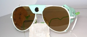 Light green pilot glacier glasses with light green side and nose leather u