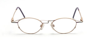Oval metallic glasses for ladies in matt gold with purple-green color accents