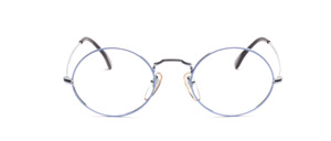 Classic oval frame in silver with colored glass rim in light blue