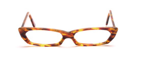 Flat acetate frame in shades of brown patterned with reddish color accents