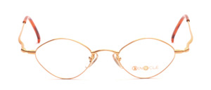 Diamond-shaped metal frame in matt gold with slightly raised temples