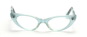 50er Jahre Vintage Cat Eye Brillenfassung in zartem Hellblau mit schön geschwungenen Bügeln