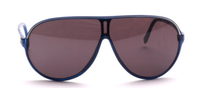 Lightweight, larger and sporty panorama sunglasses
