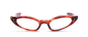 60er Jahre Brille für Damen in Havannabraun mit goldenen Ziernieten und geraden Schläfenbügeln