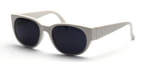 Sporty 90s sunglasses