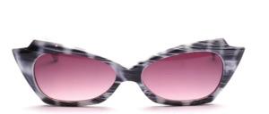 Ausgefallene hübsche  Retro 50s Sonnenbrille in Schmetterlingsform