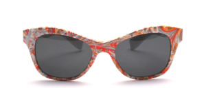 Hübsche Sonnenbrille mit Paisley Muster in Schmetterlingsform