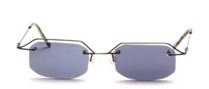 Sehr feine und leichte, randlose 4 - Loch Edelstahl Bohrbrille mit  Oberrand