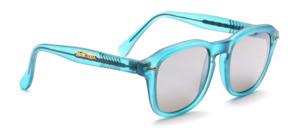 Matt blaugrüne Kappa Sonnenbrille in klassisch sportlicher Form mit grauen, Silber verspiegelten Scheiben