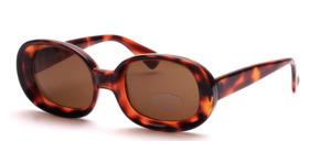 Schöne, größere Sonnenbrille mit breiten Glasrändern