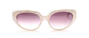 Beautiful and fashionable 80s sunglasses