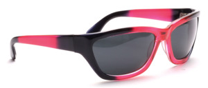 Sporty 80s sunglasses in red transparent with black
