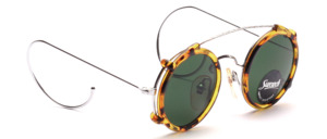 Round metal frame by Sunrock with webbing (simplex hinge) and sun clip