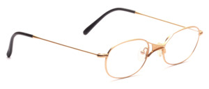 Sporty metal frame in gold with a thin frame and distinctive nose bridge