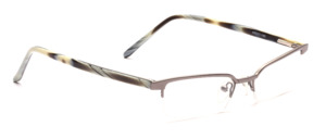 High-quality flat nylon frame with a titanium-colored upper edge and acetate temples in horn look