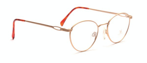 Feminine panto glasses in matt gold from Neostyle with engraved nose bridge and cheeks